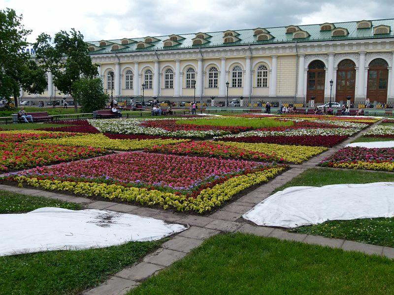 777 photos russie 2011 03 moscou kremlin 11 kremlin jardin alexandre manege. Black Bedroom Furniture Sets. Home Design Ideas